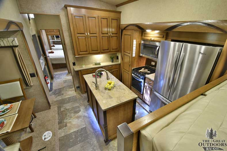 Image of the Hathaway 38FLX