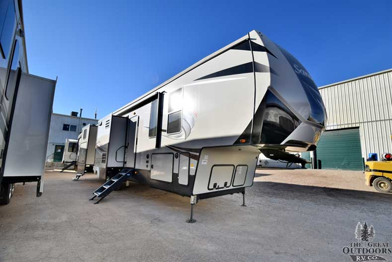 Lightest Rear Bunk Travel Trailer