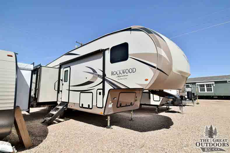 8295WS | The Great Outdoors RV