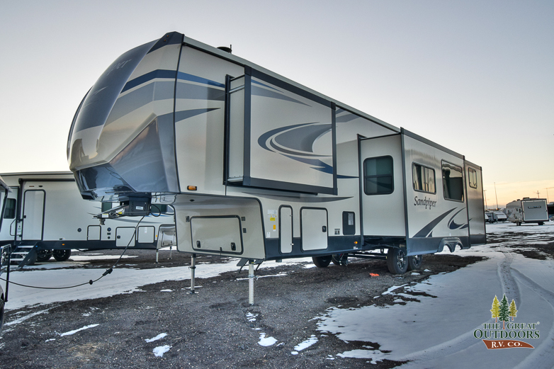 2021 FOREST RIVER SANDPIPER 3330BH full