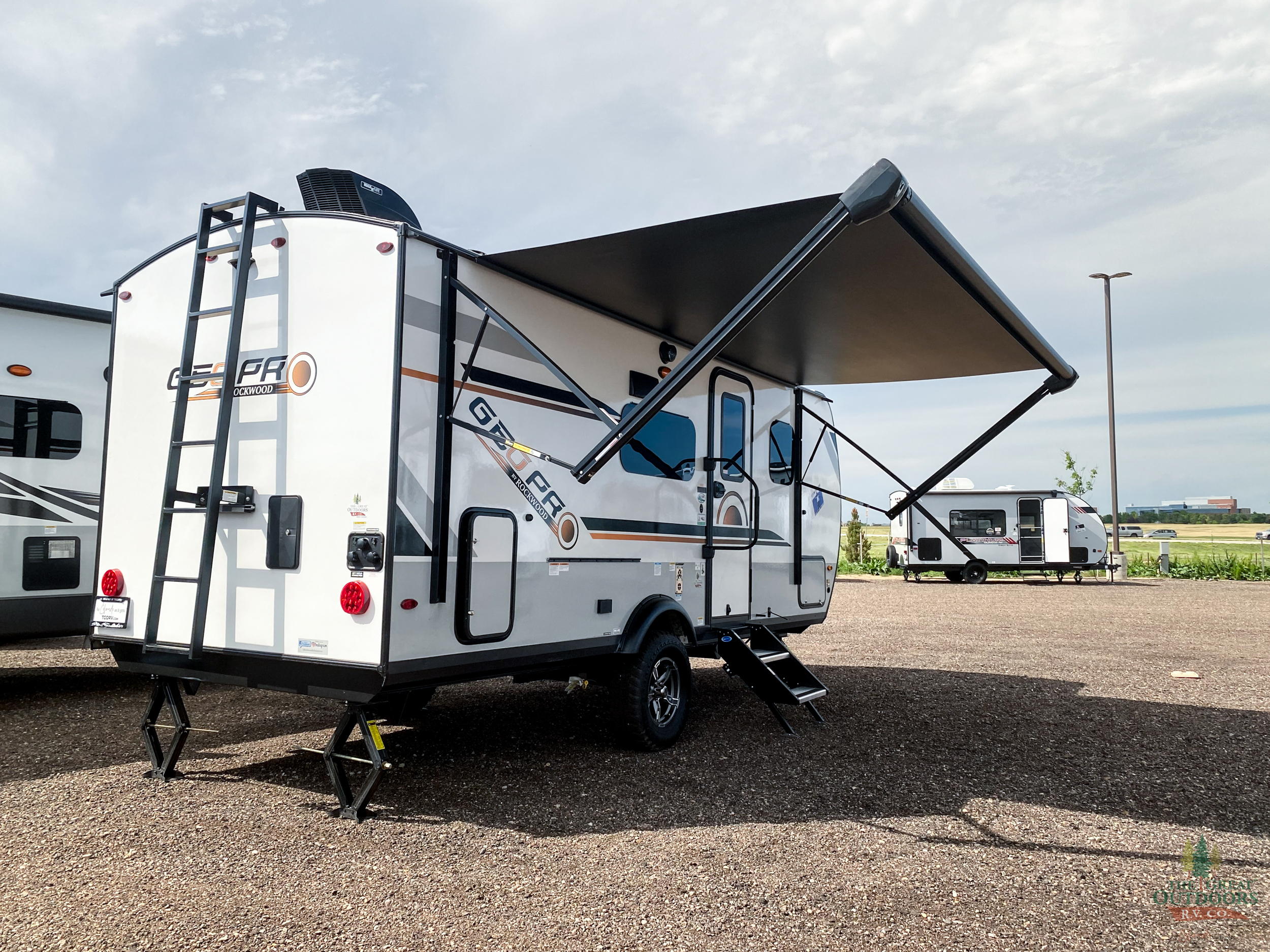 2021 FOREST RIVER ROCKWOOD GEO PRO 20FBS full