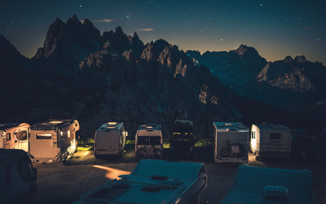 Camper vs Motorhome: What Is The Difference?